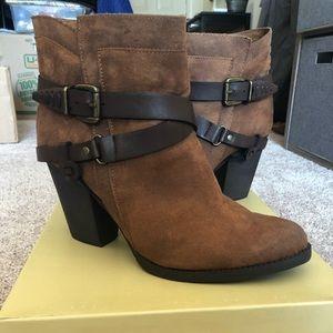 Women's western style bootie - Size 11